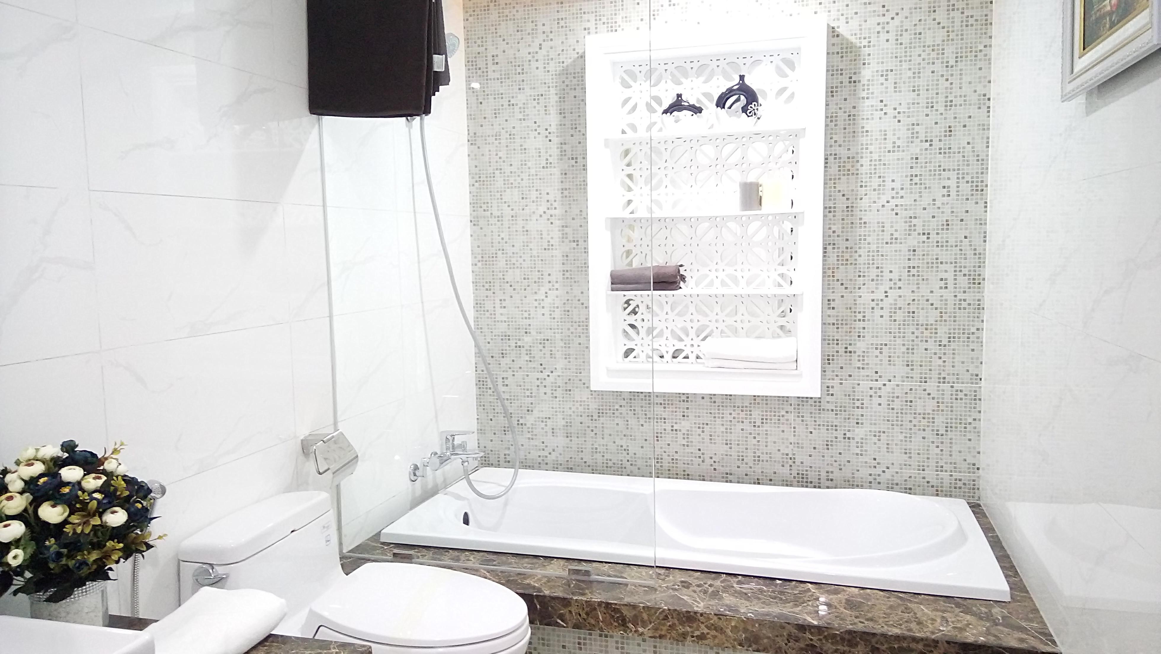Phòng tắm Master tại Chung cư Riverside Garden