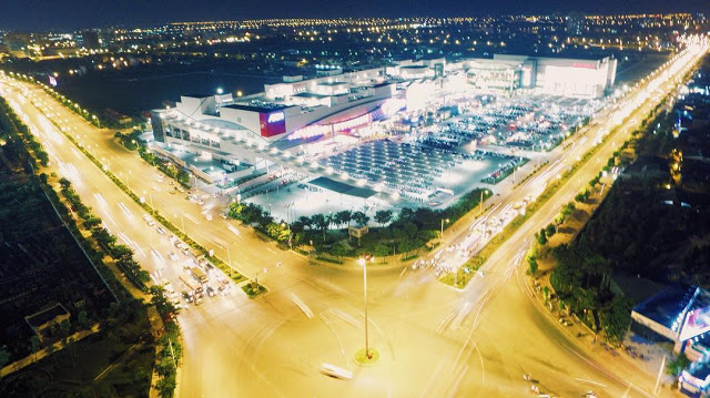 Từ chung cư Northern Diamond có thể dễ dàng ngắm AEON Mall Long Biên