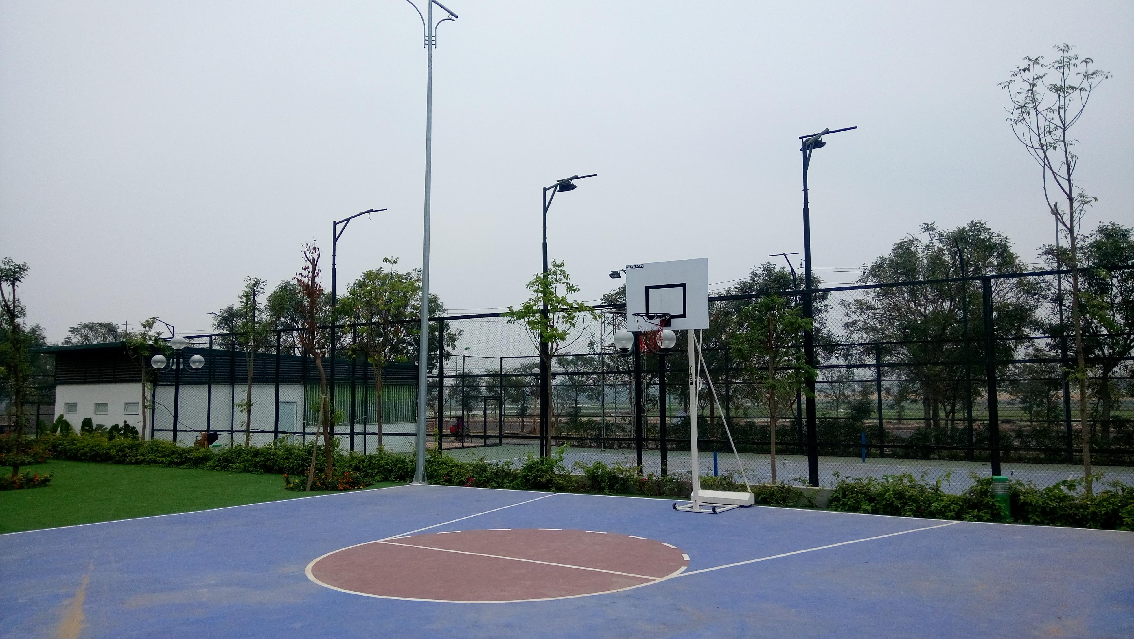 Sân bóng rổ tại tổ hợp Viethung Green Park