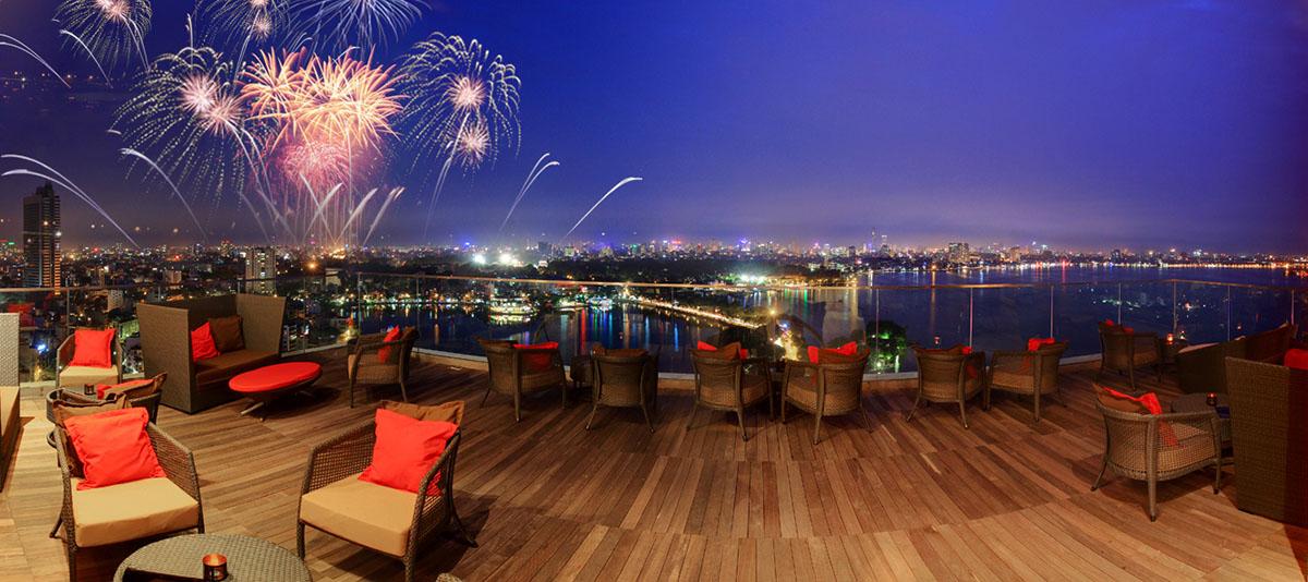 Không gian cà phê lake view tại Tổ hợp chung cư hạng sang Sun Grand City