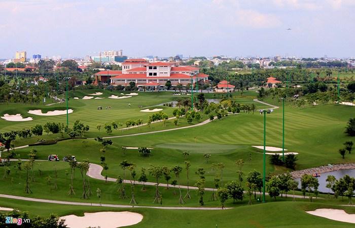 View trọn sân Golf Chung cư HC Golden City 319 Bồ Đề