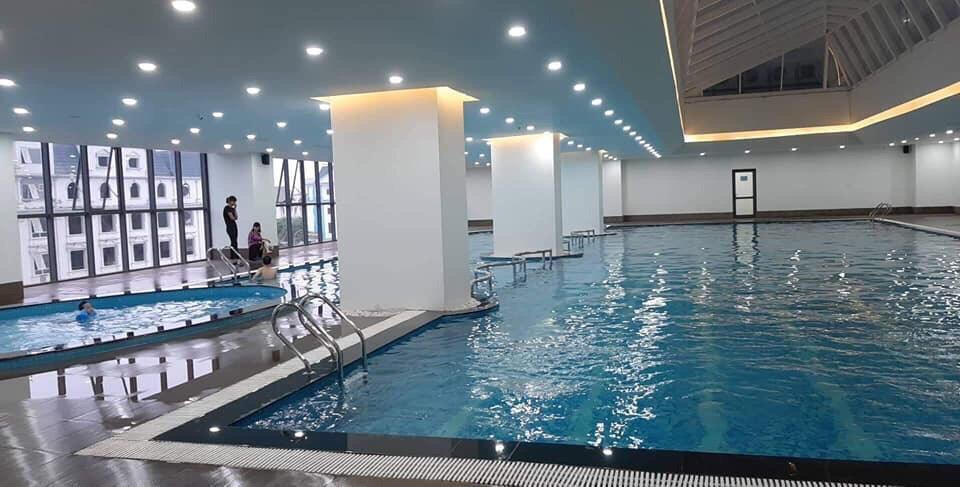 Bể bơi bốn mùa + bể vầy trẻ em trong chung cư Epic Home Phạm Văn Đồng