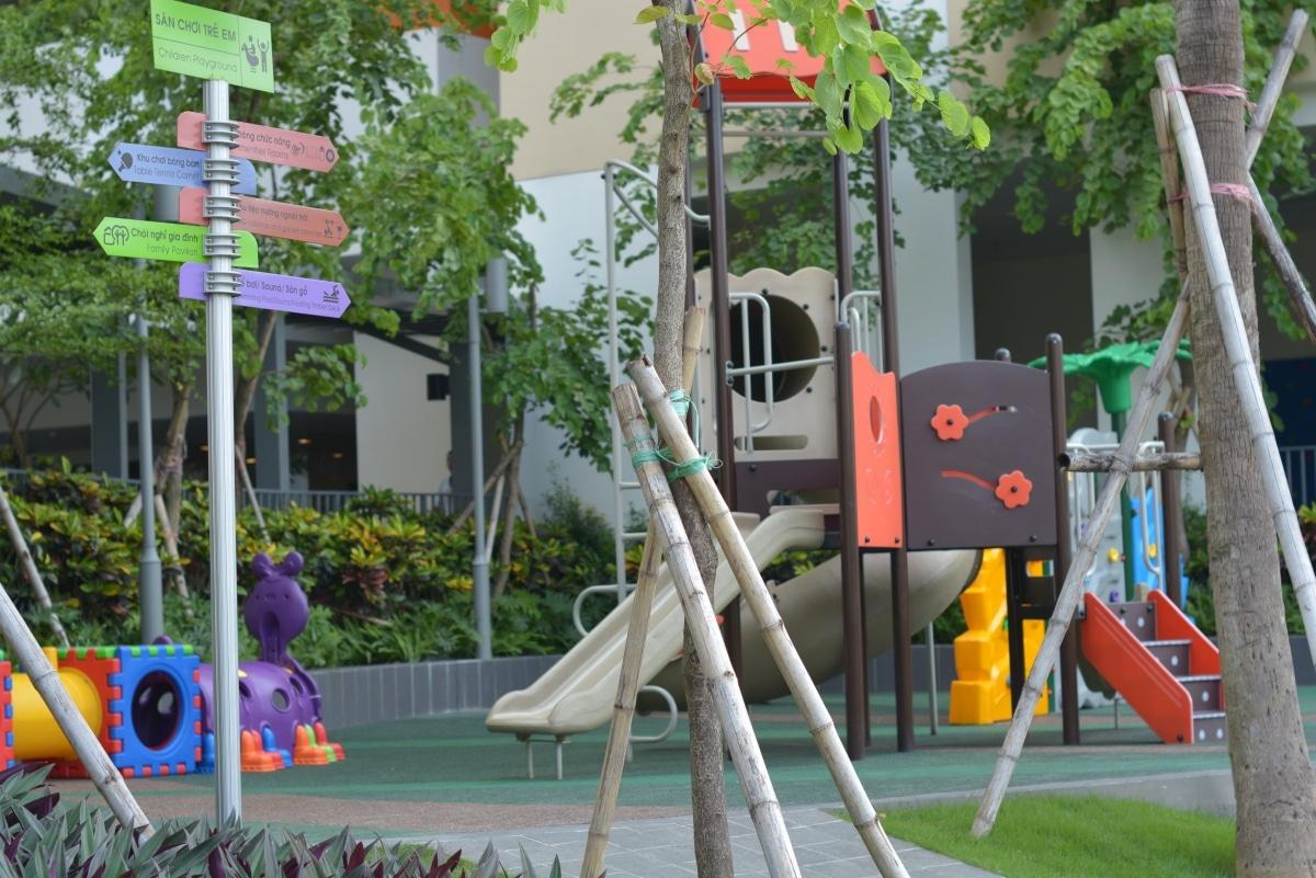 chung cư sun square khuôn viên