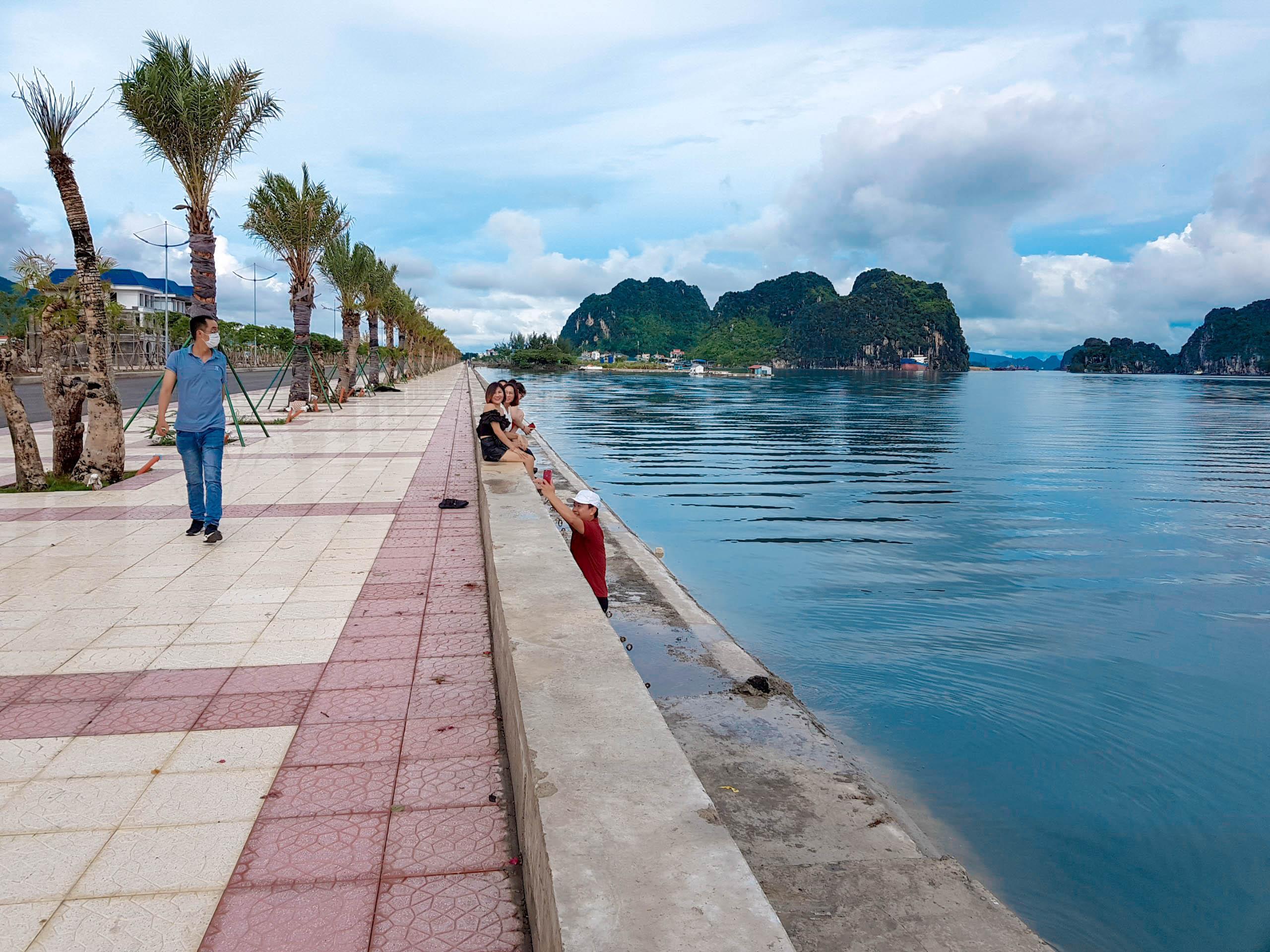 Vịnh đẹp nhất thế giới - Bái Tử Long trong xanh như ngọc Dự án Green TTP Cẩm Phả