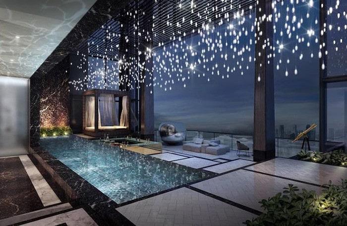 Penthouse với bể bơi lớn trong nhà khẳng định vị thế gia chủ