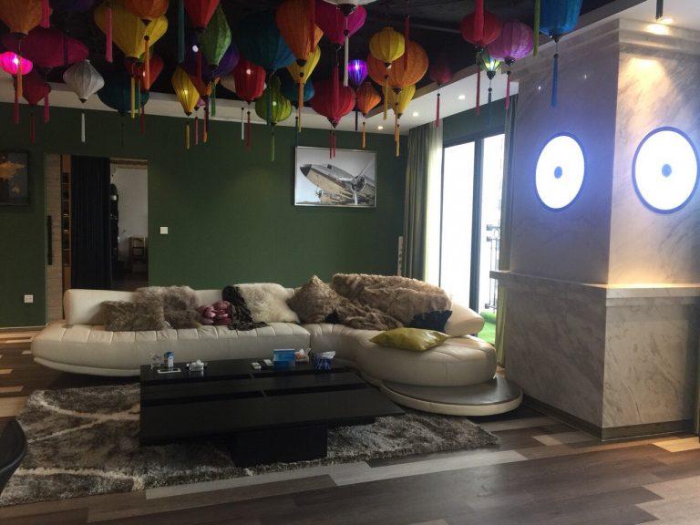 Trang trí phòng khách nhà mẫu Mipec Rubik 360
