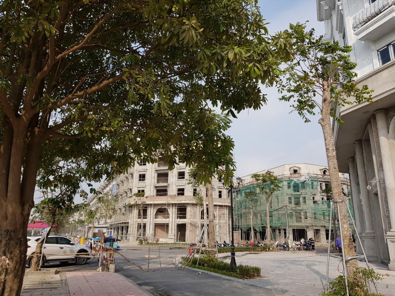 Ngã 3 đường 30m với đường Phúc La - Văn Phú