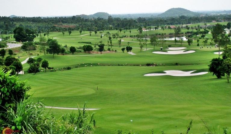 Sân golf 18 lỗ Vinpearl Mỹ Lâm