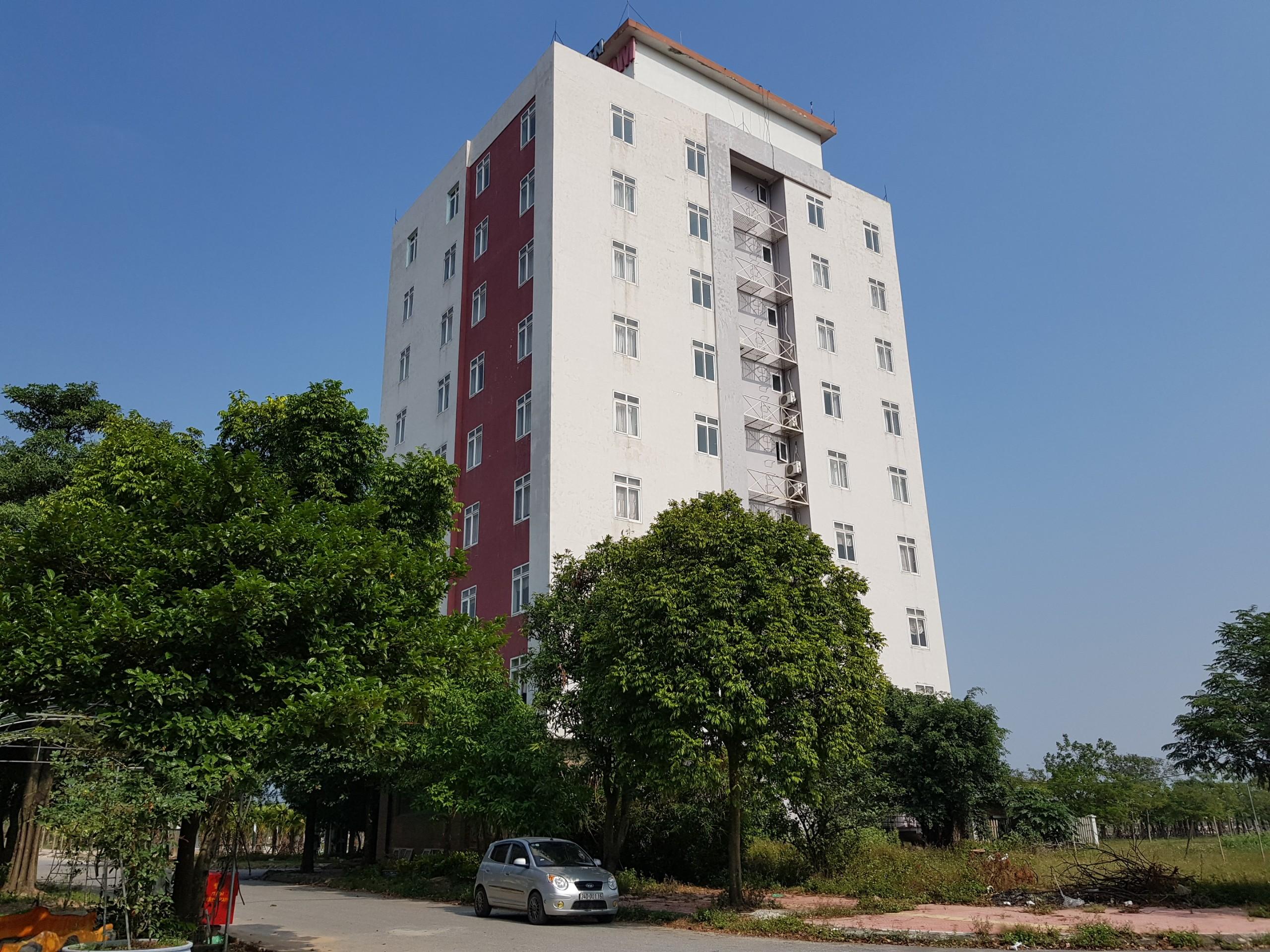 Khách sạn Palm City Hotel