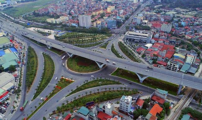 Nút giao thông Long Biên - Trung tâm Phố Đông Long Biên kết nối sân bay Nội Bài thuận lợi