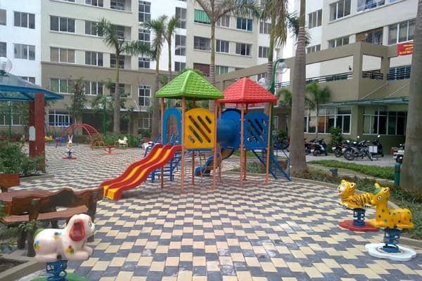 Khu vui chơi trẻ em trong khuôn viên Chung cư cao tầng KĐT Đặng Xá 2021
