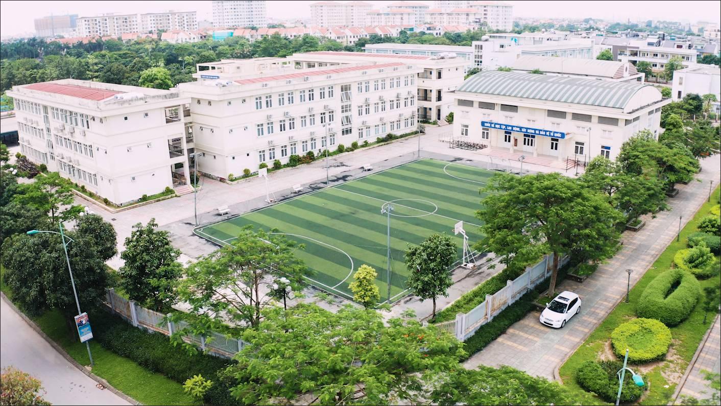 Trung tâm thể dục thể thao với sân bóng hiện hữu KĐT Đặng Xá